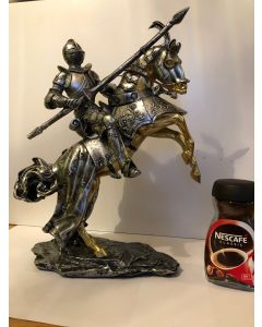 4 x Resin Knight on Horseback 1.8kg